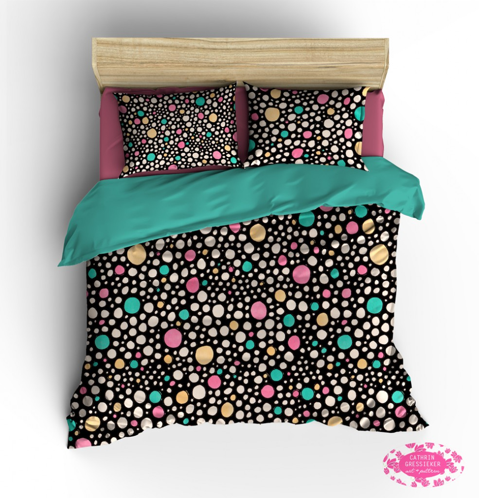 Cathrin-Gressieker_bacteria-night-party-bedding-mock-up-logo